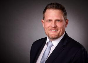 Dirk Suhrkamp, Bereichsdirektor Vermögende Kunden